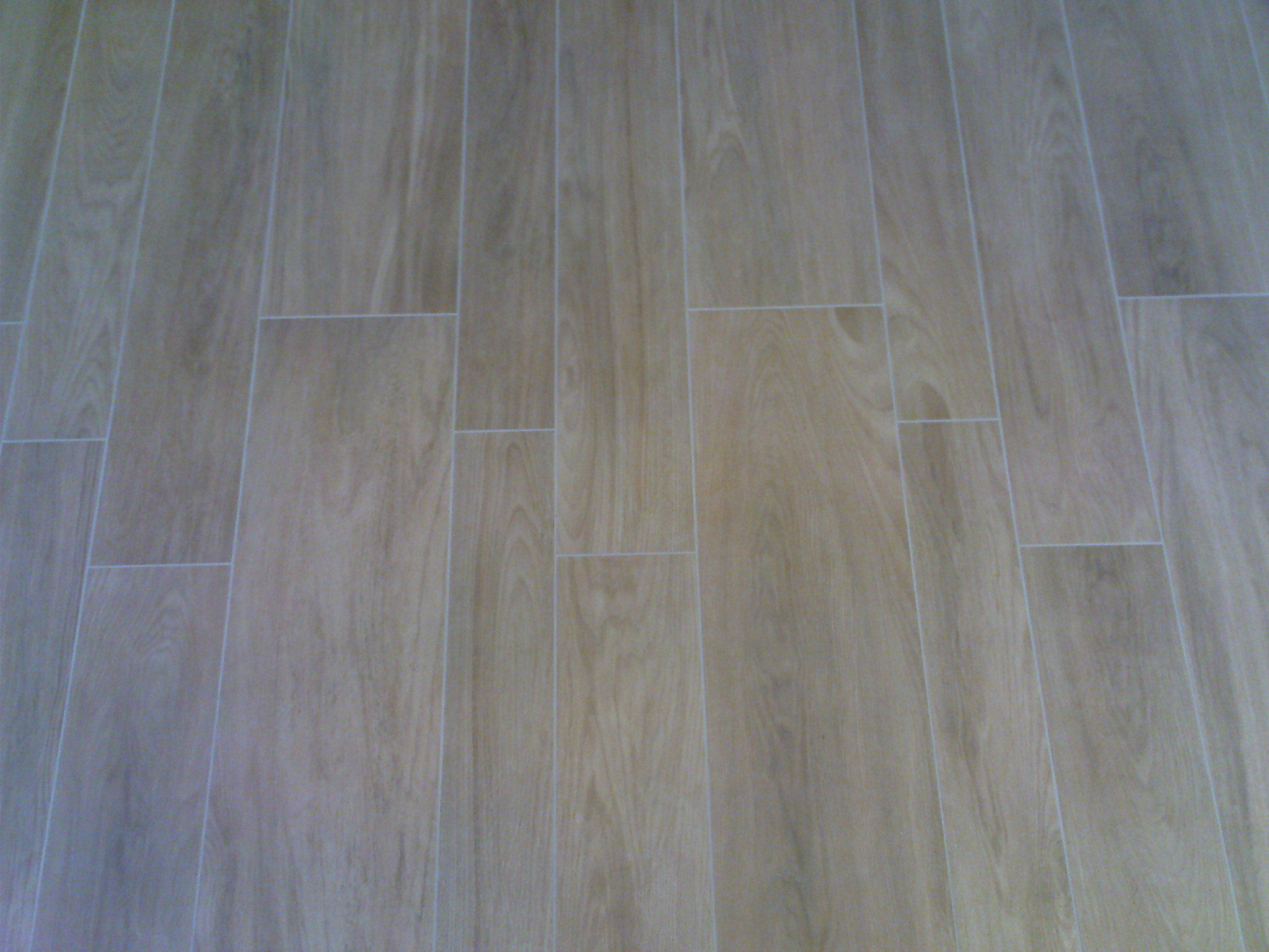 Carrelage design parquet sur carrelage moderne design for Parquet carrelage